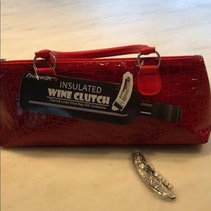 Insulated wine clutch